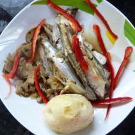 Рецепт для мультиварки - Мойва с грибами и картофелем