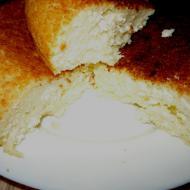 Творожно-манный пирог без муки в мультиварке