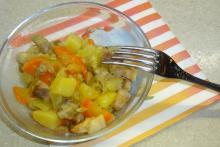 Нежное мясное рагу с овощами из мультиварки