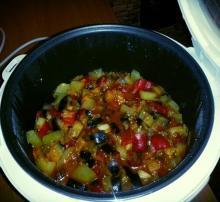 """Фото рецепта """"Овощное рагу"""" в мультиварке Scarlett"""