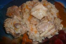 Плов с курицей в мультиварке Redmond | фото готового блюда