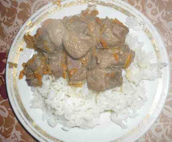 Фото рецепта: «Тушеная печень» в мультиварке Vitek