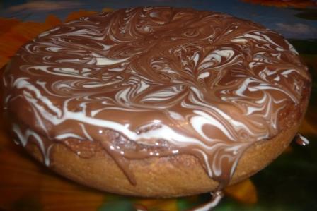 Шоколадный кекс с сырной шапочкой